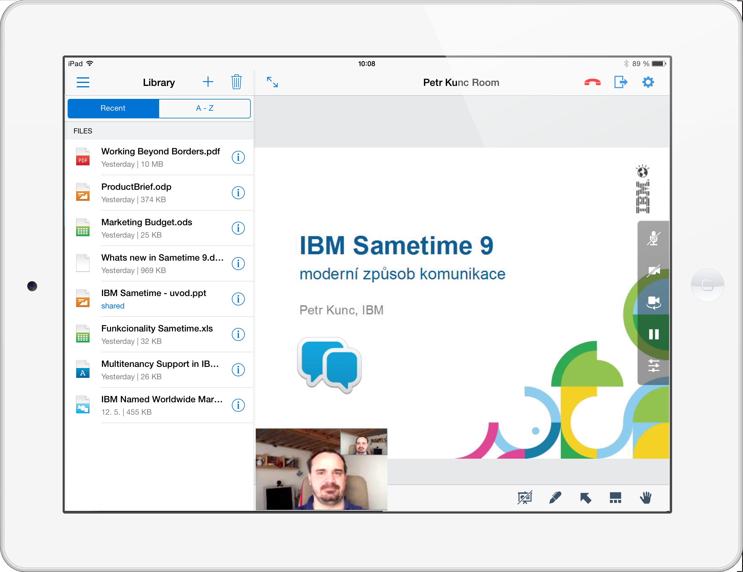 iPad STMeeting-video